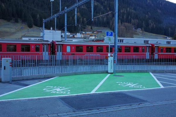 RhB-Bahnhöfe sind bereit für die Elektromobilität